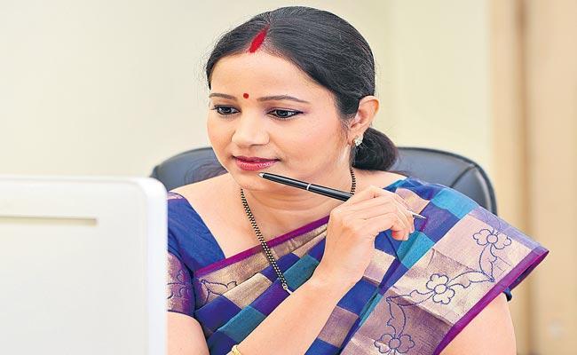Let the woman grow freely - Sakshi