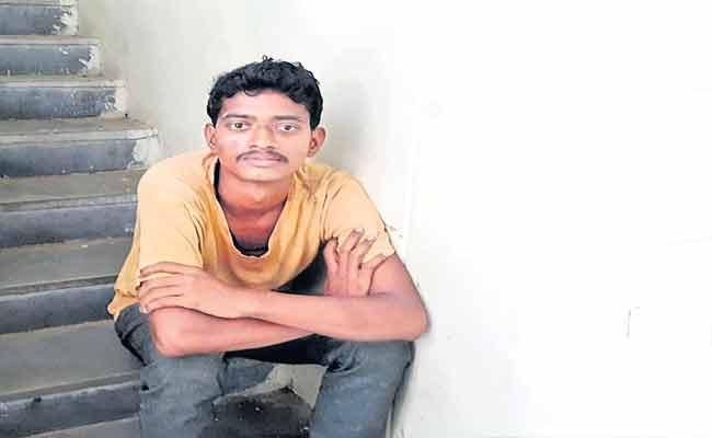 Man Tried To Fire RTC Bus Fire Tragedy In Prakasam - Sakshi