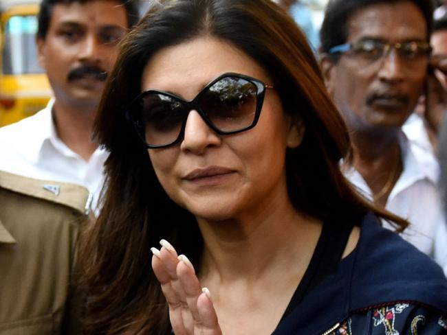 Sushmita Sen appear in Chennai court