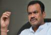 Congress Leader Komatireddy Venkatreddy Fire TRS Leaders Over Camp Politics - Sakshi
